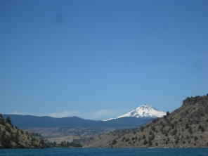 Boating in Central Oregon